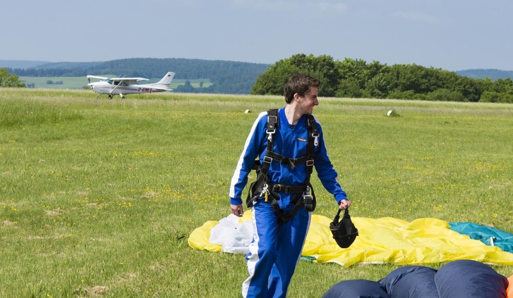 Fallschirmsprung-Gelandet